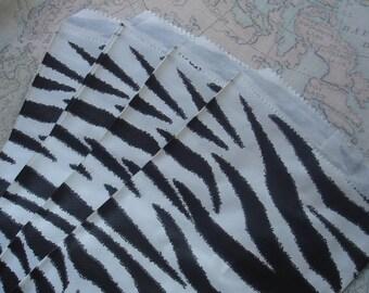 Mini Paper Favor Bags - Zebra Print Treat Bags - 1 Dozen