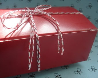 Red Bakery  Boxes - ( 12)  1/2 lb  Candy Boxes for Party Favors, Candy and Treats