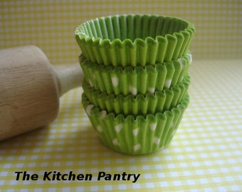 Mini  Cupcake Liners, Candy Cups Lime Green   Baking Cups ( 50 )