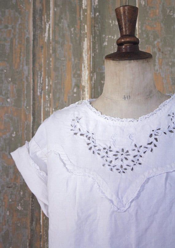 RESERVED- B e A T r  I c E- 1900s italian handspun linen blouse