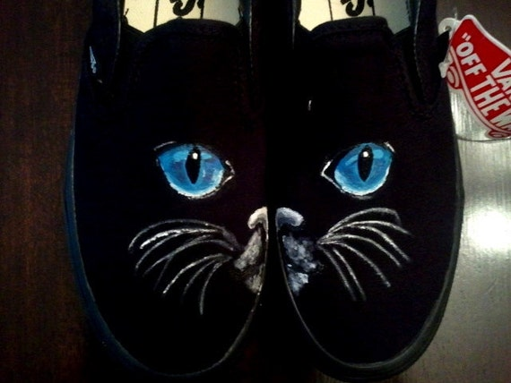 SPECIAL PRICE MEOOOW Handpainted cat eyes black Vans 9