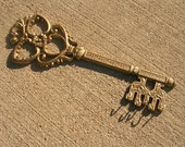 Key-Shaped Key Holder/Hanger by Dart Industries - Large with 5 Hooks