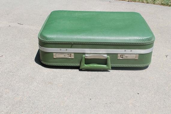 Vintage Pea/Avocado Green Suitcase - Hard Shell