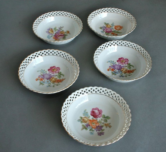 Schumann Bavaria Berry Bowls with Reticulated Rims