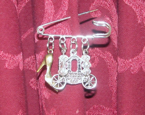 cinderella kilt pin brooch ooak goth faery tales fairytales
