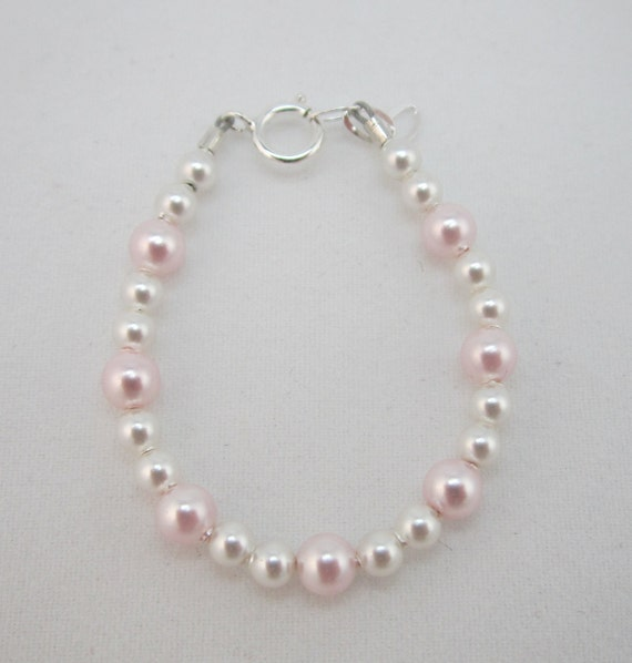 Dainty Bracelet perfect for Newborn, White and Pink Pearls (BWP)