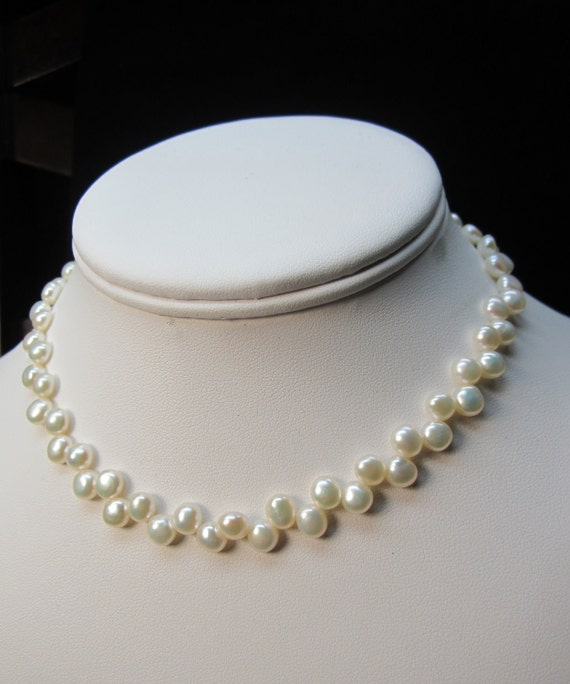 Freshwater pearls Beaded Necklace (NFP)