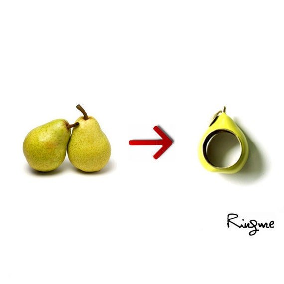 Ring Me // Contemporary Jewelry -- Pear Ring