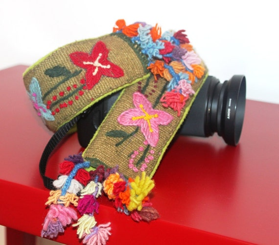 Hand-woven, Hand-embroidered DSLR Camera Strap Cover - Crafted in Peru - Pom-Pom