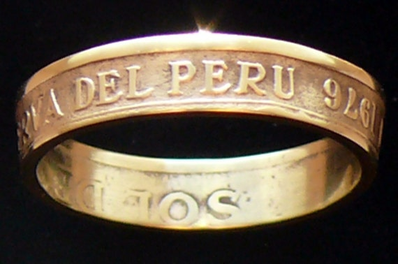 Brass Coin Ring 1976 Peru 1 Sol de Oro - RIng Size 5 1/2 and Double Sided