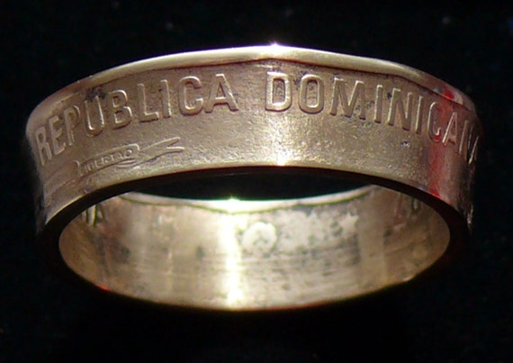 Brass Coin RIng 1997 Dominican Republic 1 Peso Double Sided Coin RIng Size 9 1/4