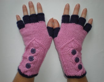 Hand-knitted lilac and grape color women fingerless gloves with buttons
