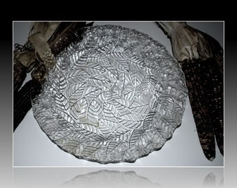 large glass round tray leaf pattern textured glass cake plate dessert tray vintage glass