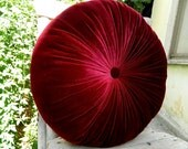 The color of red wine silk velvet round pillow