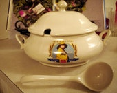 Nabisco Soup Tureen w/ Ladle no chips or cracks