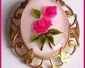 """Vintage Reverse Carved Pink Roses Flower Glass Gold Metal CAMEO Brooch or Pin 1.5"""" EX"""