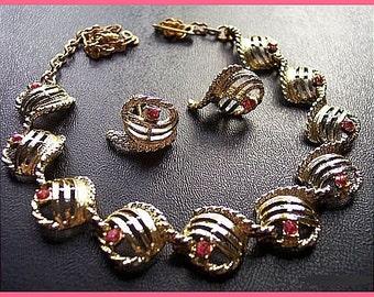 Necklace Earring Demi Set Pink Rhinestone Gold Metal Mid Century Vintage