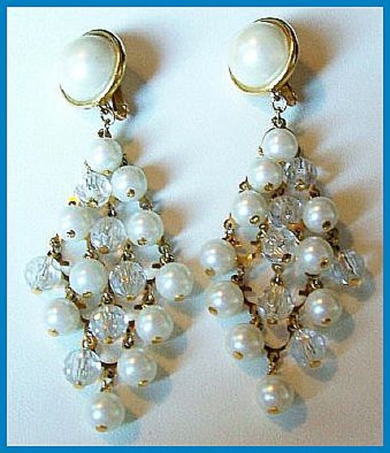 """Vintage Pearl Dangle Earrings Crystal Beads AVON Gold Metal Clip On Style Long 4"""" EX"""