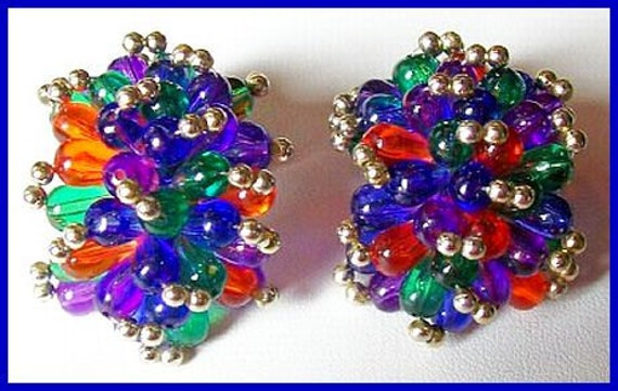 """Vintage Dangle Earrings Clip On Cha Cha Style Mardi Gra Colorful Lucite Teardrop Beads 1.5""""VG"""