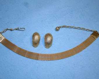 9.  Metal Chain Choker and Clip-On Earrings, Gold Tone