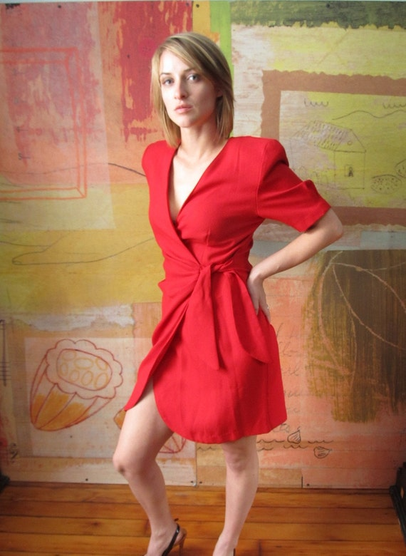 Vintage Red Wrap Dress )( Dramatic Shoulder Pads )( Small