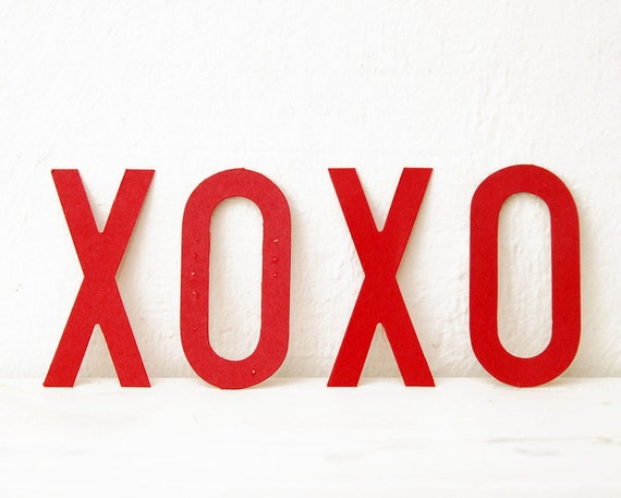 XOXO, Red Paper Sign Letters