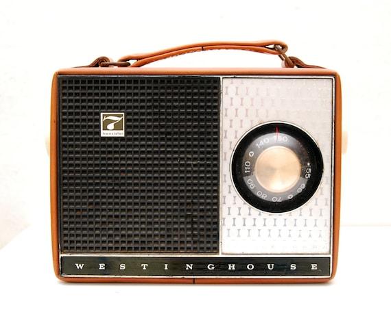 LAST CHANCE Vintage Westinghouse 7 Transistor Radio
