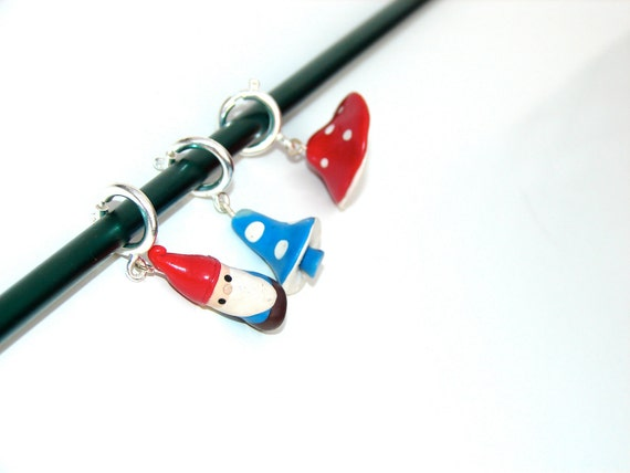 "Stitch Markers: ""Gnome and Mushrooms"""