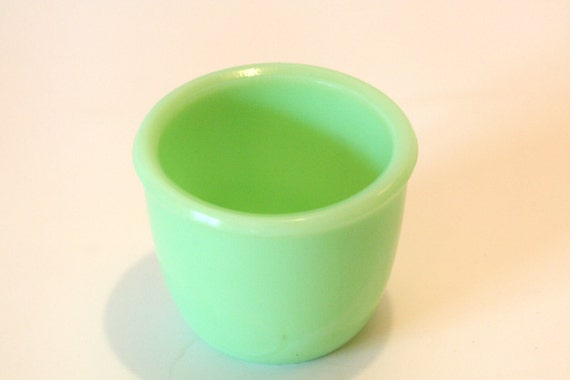 REDUCED Vintage Rare Hard To Find McKee Jadeite Green Custard Cup Fire King Small bowl dish