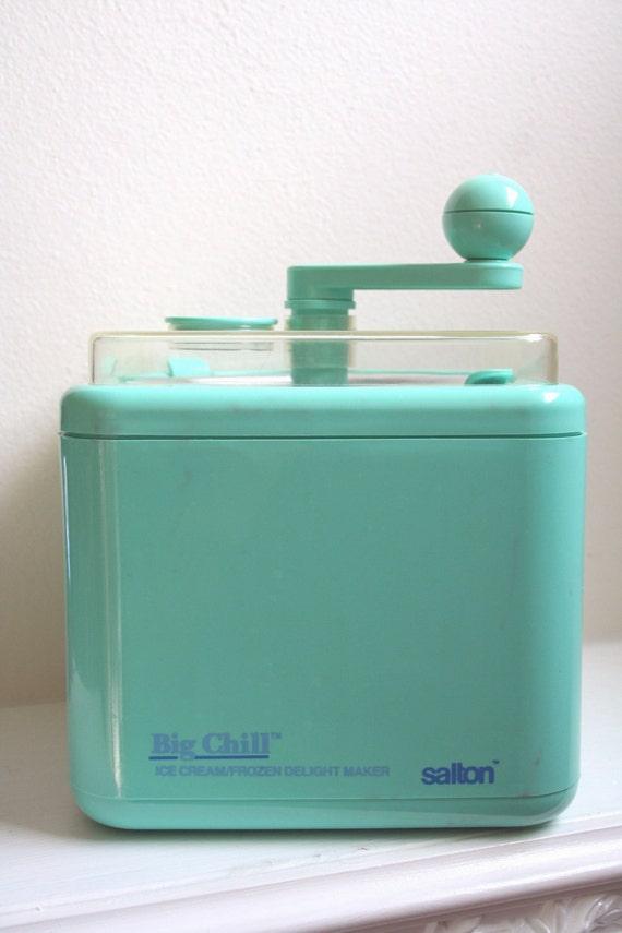 Reserved for Ariel :) Retro Turquoise Salton Big Chill Hand Crank Ice Cream Maker Model ICM-1