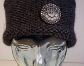 Tailored Knit Cloche with Removable Pin