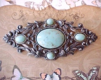 Wonderful Large Vintage Pewter Colored Brooch with Old World Look