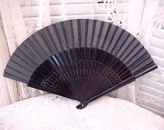 Pretty Antique Gothic Look Black Lacquered Hand Fan with Cut Out Designs on the Sticks