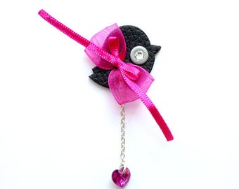 BIRD ROBIN BROOCH with pink bow and swarovski heart