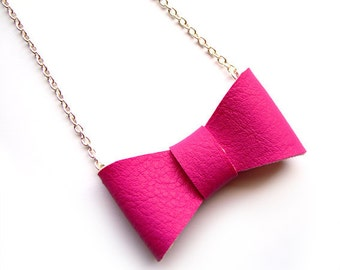 PINK BOW NECKLACE