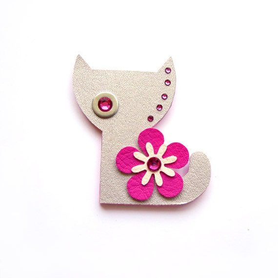 CAT HANNAH BROOCH