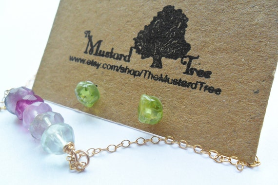 Green peridot gemstone nugget small stud earrings