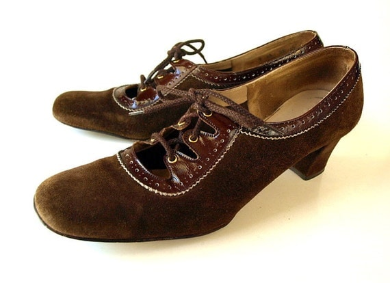 vintage 60s MOD brown suede leather cut out lace up womens GRANNY SHOES 9 heels