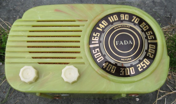 ON HOLD FADA Bakelite Catalin Radio Green with Off White Trim Tube Radio Plastic Model 845