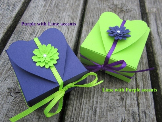 HEART Favor box in PURPLE and CHARTREUSE- Set of 10 -Bachelorette, Bridal Shower, Wedding Reception, Birthday