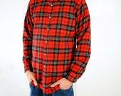 MENS Vintage Pendleton Red and Black Plaid Flannel- Size Medium