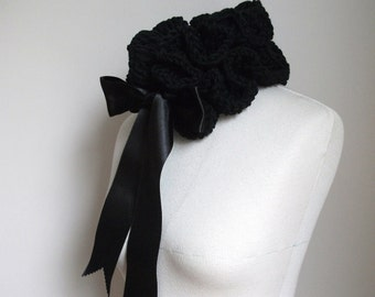 Black Neckwarmer by giZZdesign, wearableart, crochet, fiberart