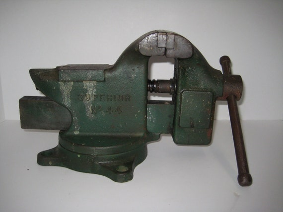 Vintage Superior No 44 Erie Tool Works Swivel Anvil Vise