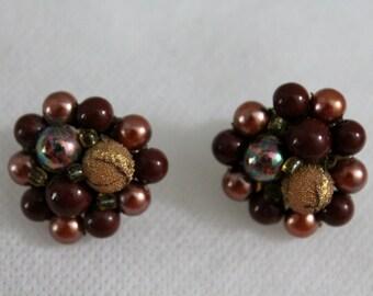 Beautiful Vintage Beaded Cluster Earrings Clip On Brown Cinnamon Spice