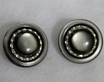 Pretty Vintage Earrings Grey with Rhinestones Clip On 1960s