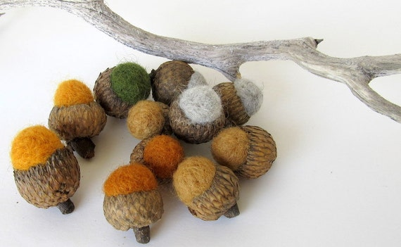 Needle Felted Wool Acorns Set of 12 Fall Colors
