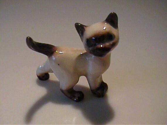 Vintage 1960's miniature Hagen Renaker Siamese kitty cat - Tom Cat
