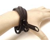 2 Zipper jewelry, modern bracelet, zipper bracelet handmade gift in black monotone, metal zipper detail, industrial style.