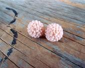 Peach Post Earrings, Pale Pink Chrysanthemum Flower Resin Cabochon
