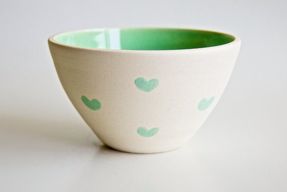 Bowl in Mint with Hearts